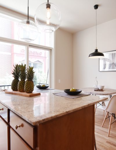 Project: Chicago Townhome Vacant Staging Eat-In Kitchen - Style It Home, LLC
