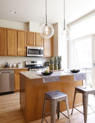 Project: Chicago Townhome Vacant Staging Kitchen - Style It Home, LLC